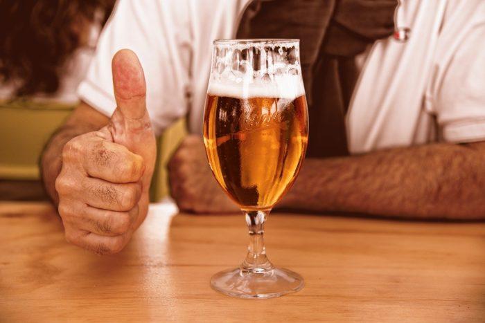 ビールのペットボトルは絶対に不可能?実は海外では販売されている