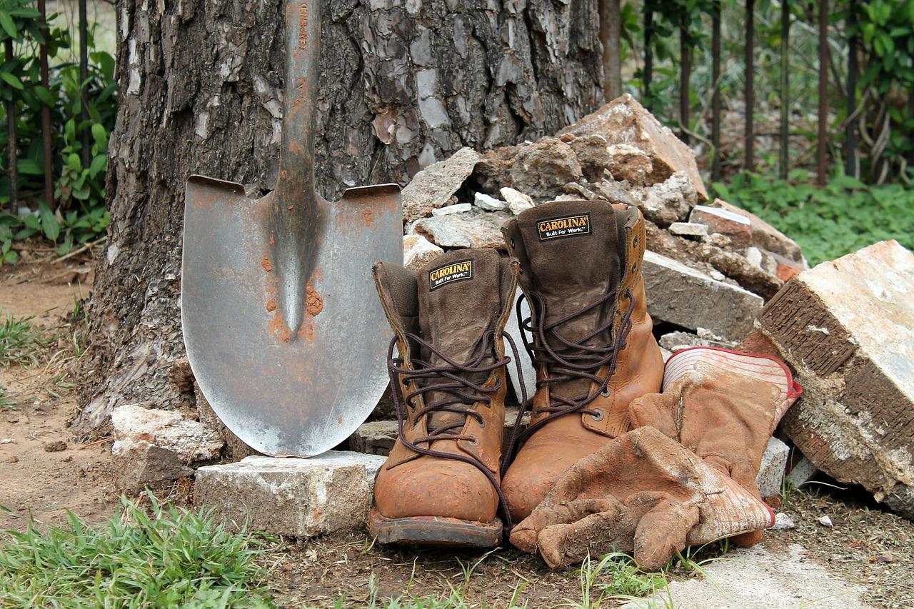 土工は全ての工事現場を支える縁の下の力持ち