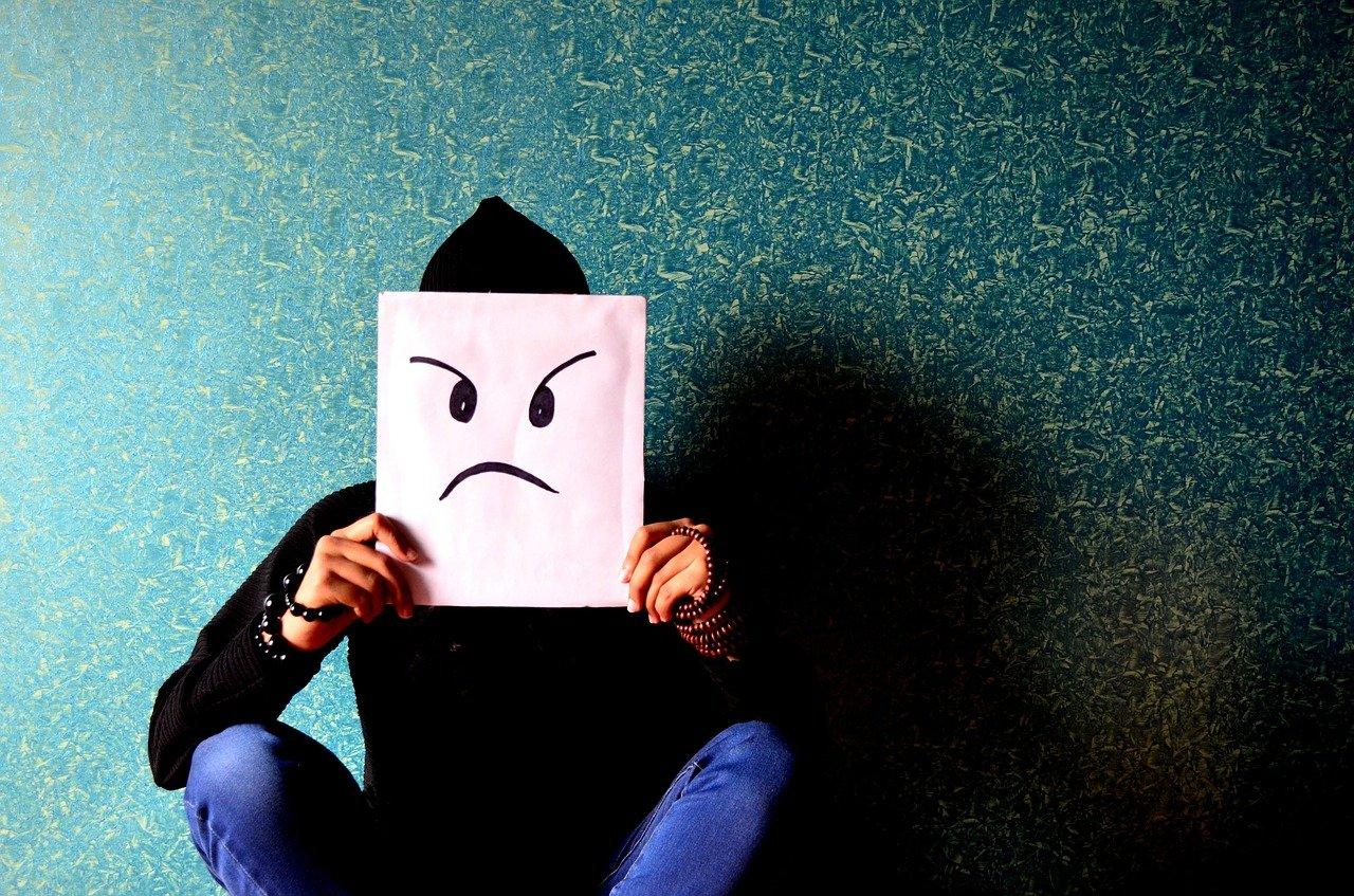 建設業の職人は怖い?怖がられる原因や実態を元職人が解説します